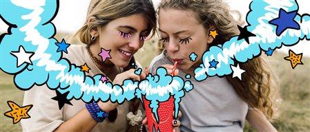 用三星笔记App的两个女孩的图示。